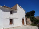 A country house for sale in the Oria area