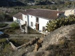 A country house for sale in the Saliente Alto area