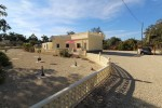A country house for sale in the El Altet area